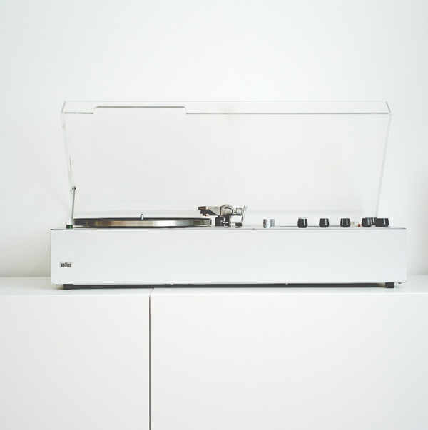 ebb + flow :: Dieter Rams Braun Audio 310
